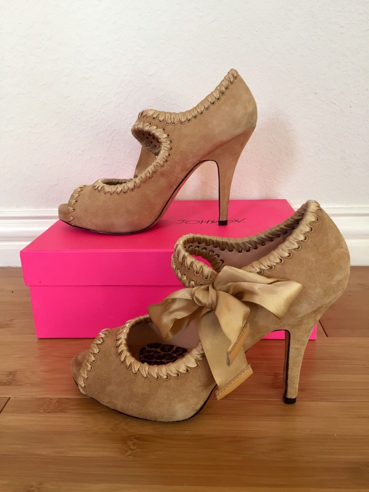 BETSEY JOHNSON SOFT TAN TAN TAN SUEDE LEATHER Schuhe MARY JANE HIGH HEEL PUMPS 7.5 M 0d3302
