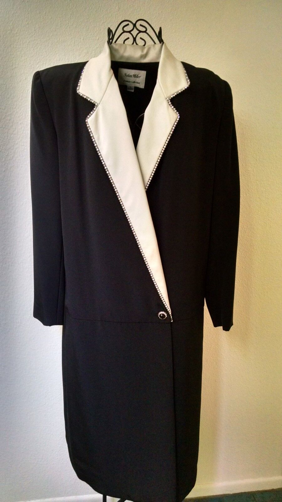 Vintage Nolan Miller Dynasty Collection, Size 8 Classy Evening Dress, Item