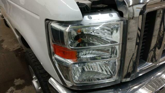 08 09 10 11 12 13 14 15 16 Ford Van E150 E250 E350 Halogen LH Side Headlight OEM