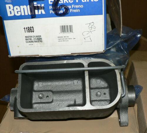 SUBURBAN C10 C1500  LeSABRE Parisienne BENDIX 11863 MASTER CYLINDER