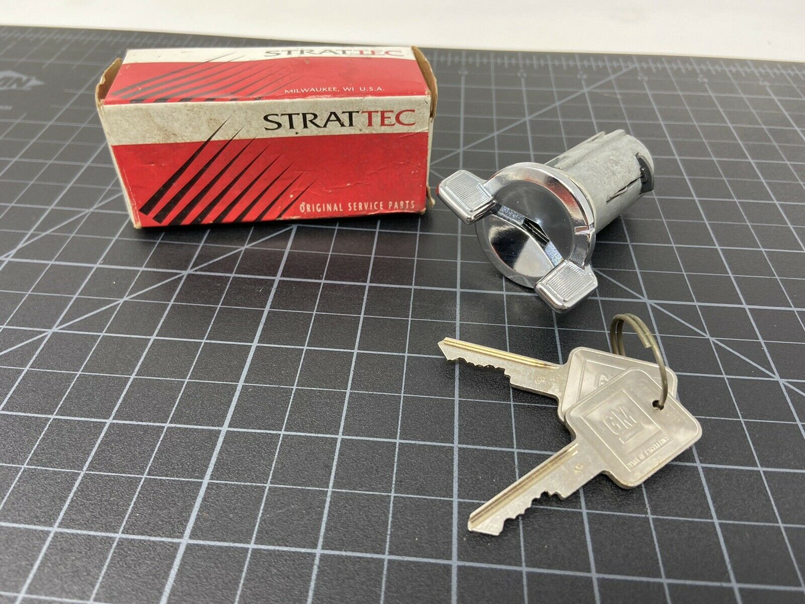 Chrome Auto Transmission Strattec Lock Part coded with keys 701398 GM Ignition Lock
