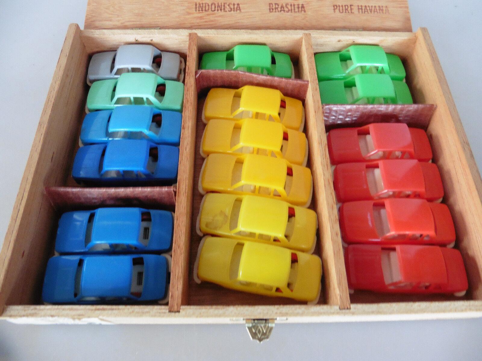Liasse 18 pcs h0 1 87 Wartburg voitures particulières dans différentes couleurs