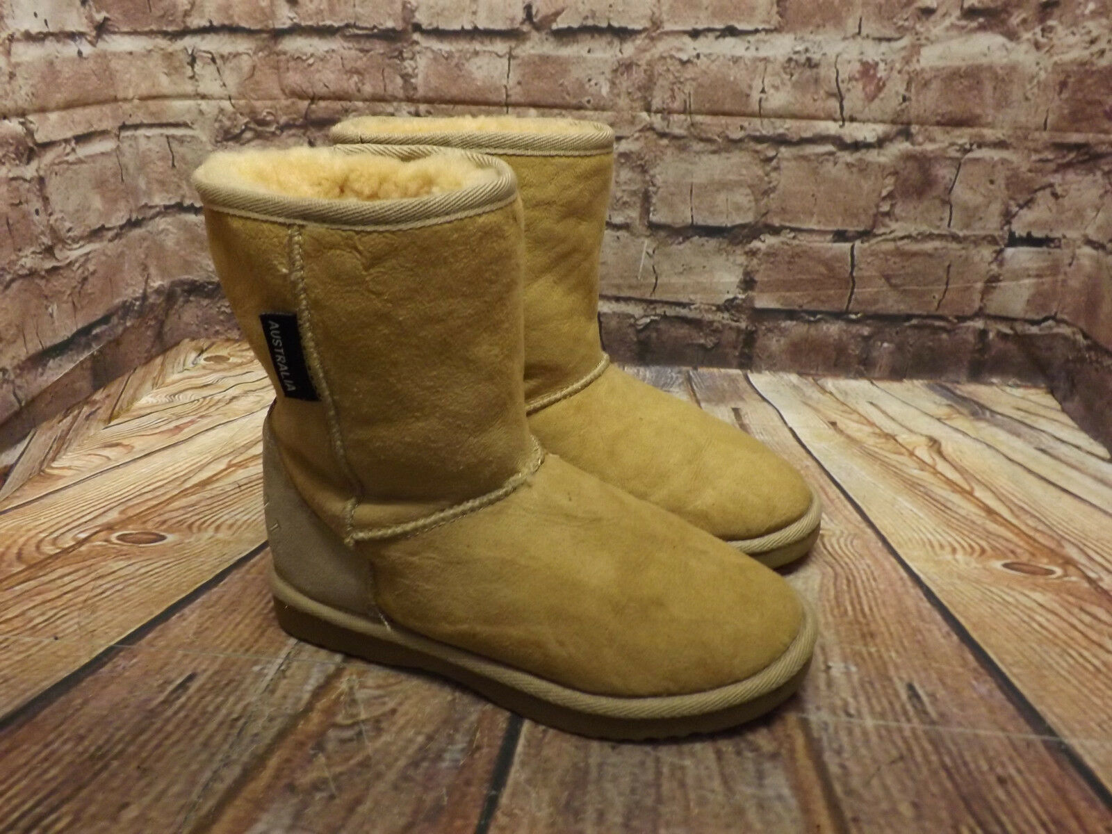 Womens Warmbat Light Tan Sheepskin Pull On Flat Ankle Boots Size UK 3