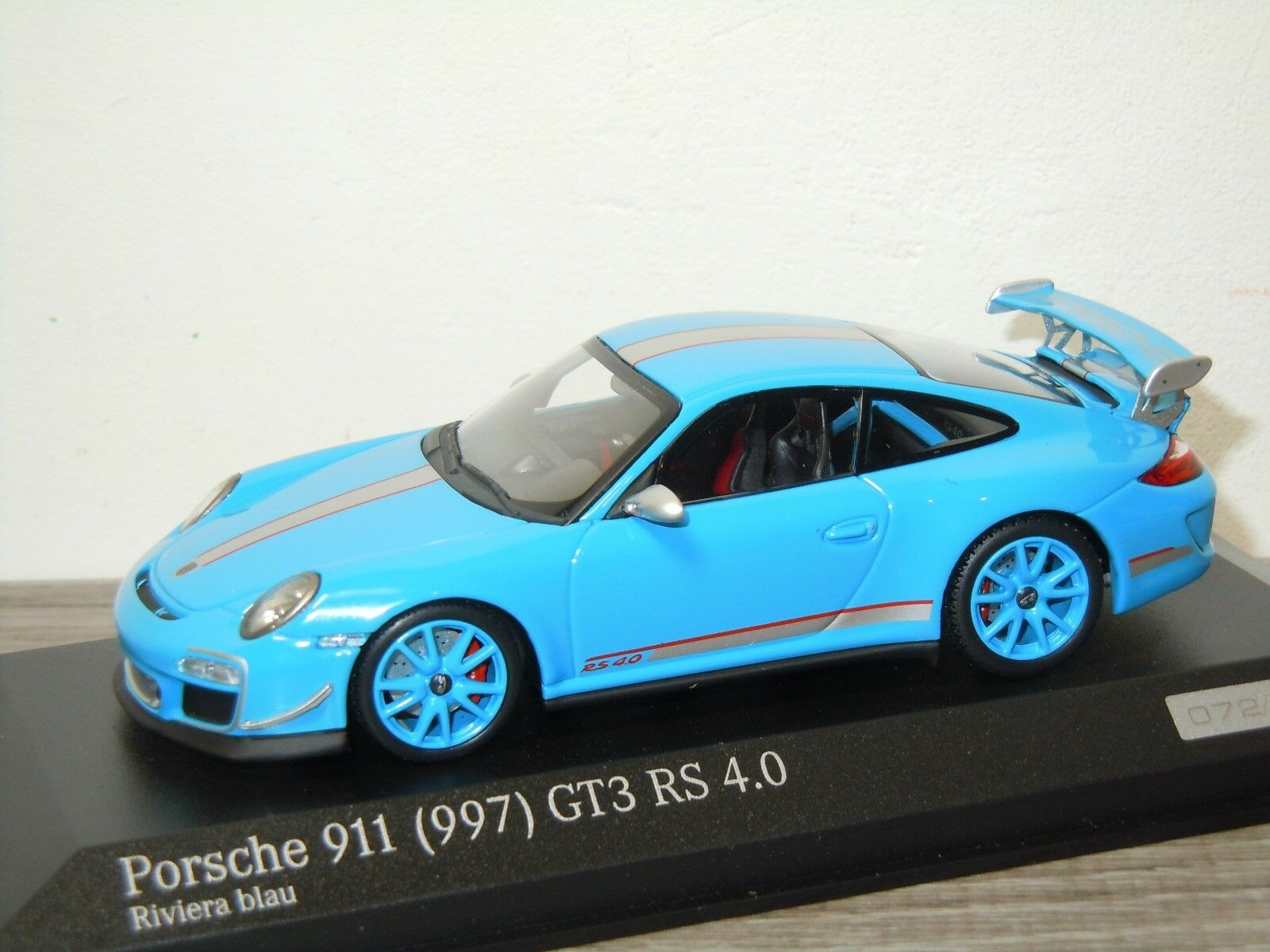 Porsche 911 997 GT3 RS 4.0 - Minichamps 1 43 in Box 30629