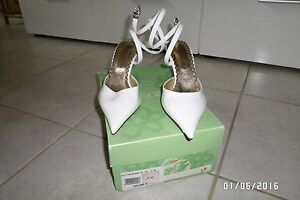Chaussure-blanche-Taille-37
