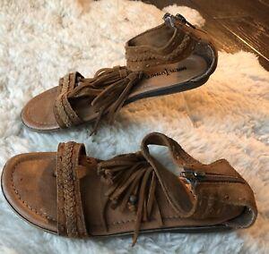Minnetonka-Brown-Suede-Fringe-T-Strap-Back-Zip-Fringe-Sandals-Shoes-Women-039-s-Sz-6
