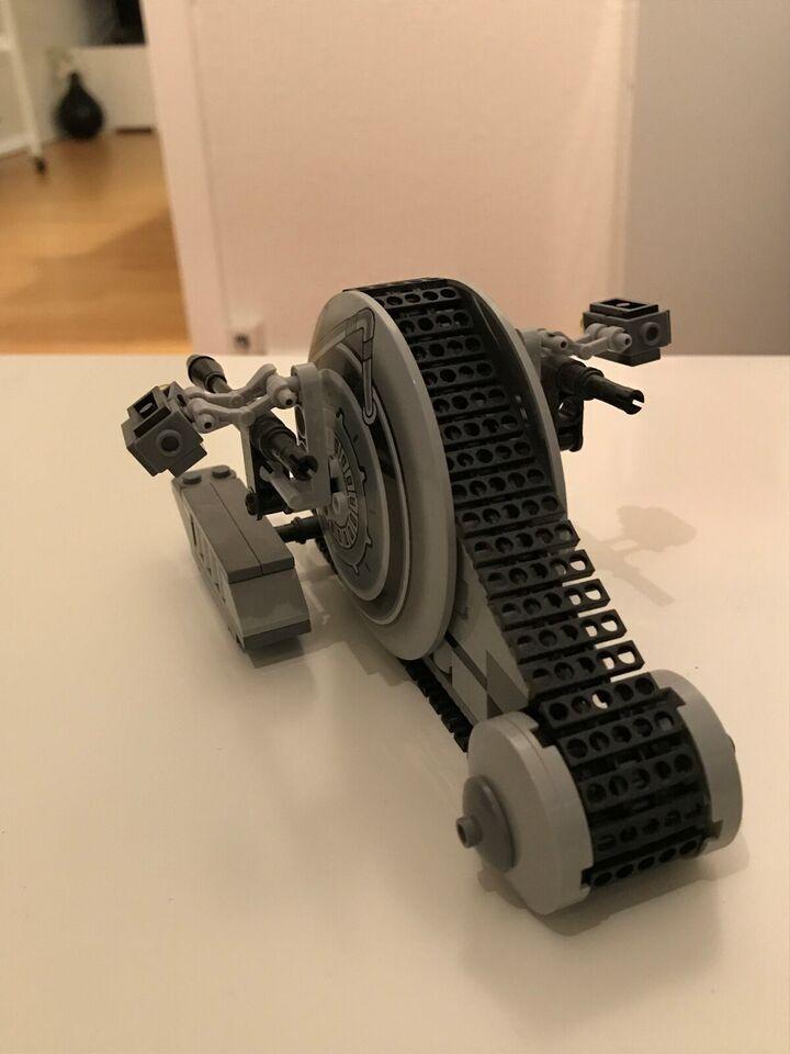 Lego Star Wars, Command center