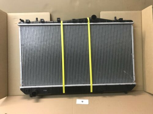 N15 Kondensator Klimaanlage Nissan ALMERA I 92110-2M123 original HELLA
