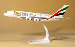 Emirates-Airlines-Airbus-A380-1-250-Herpa-Snap-Fit-607018-001-Modell-A380-800