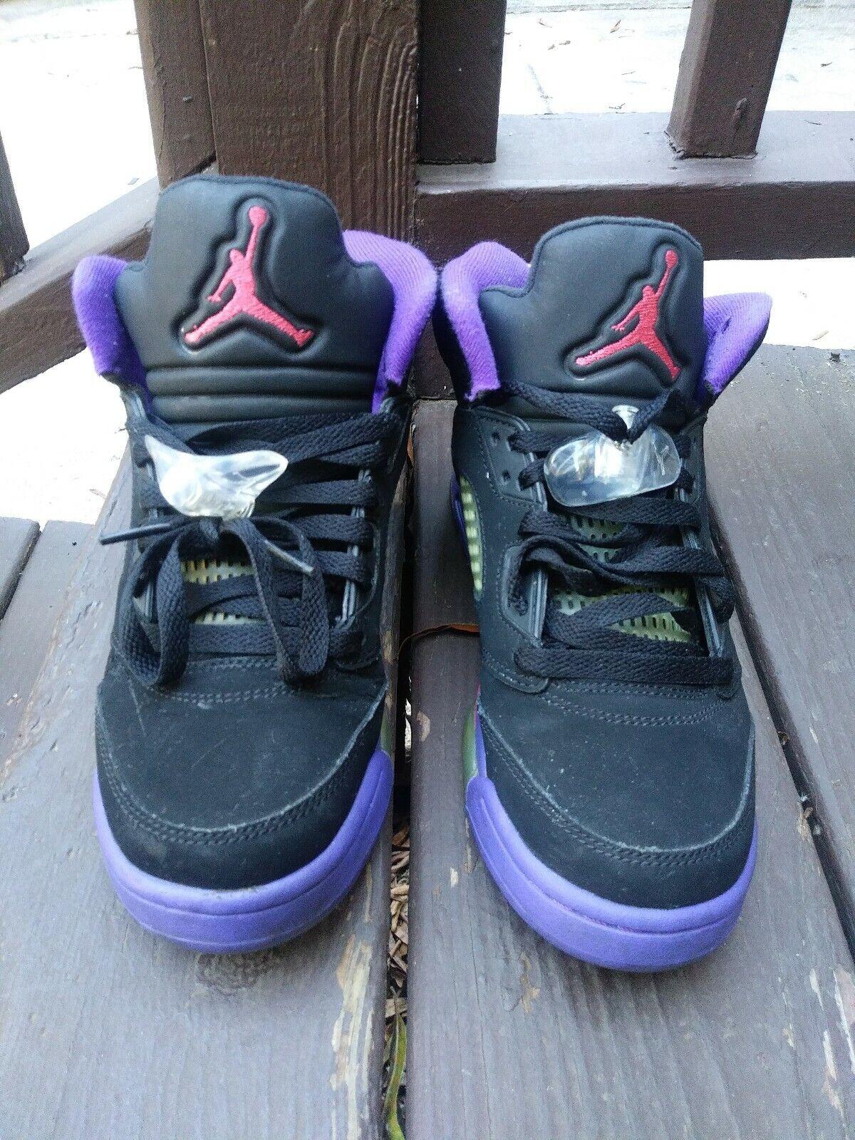 Air Jordan Retro 5 GG Raptors Size 7y