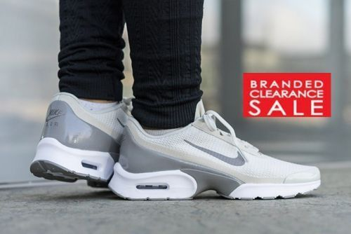 BNIB NEW WOMEN NIKE BONE AIR MAX JEWELL LIGHT BONE NIKE BLACK TRIPLE Weiß SIZE 5 6 uk 366a94