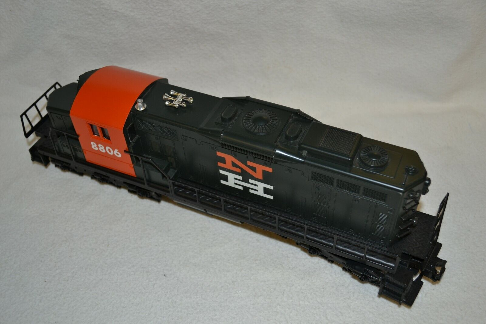 1987 - Lionel o - - - Track 6 - 18806 New Haven SD - 18 4a1