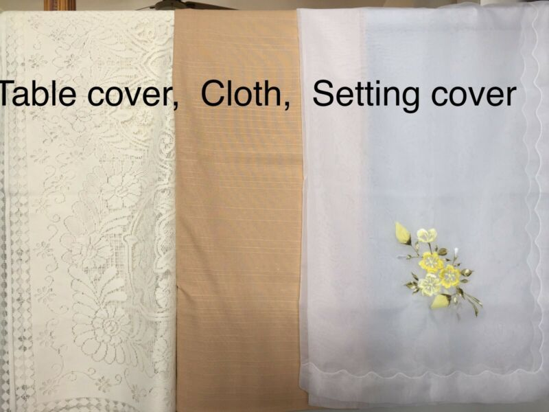 Table cloths (6 seater table)