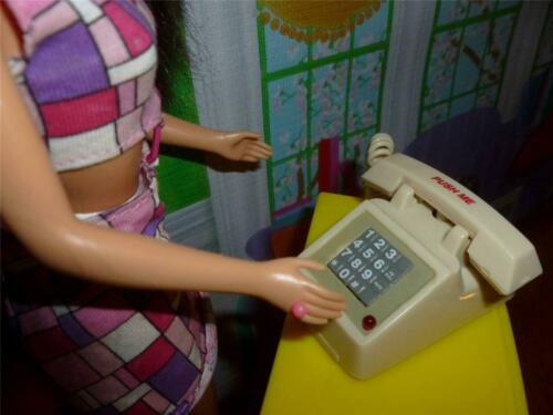 DIGITAL TELEPHONE WITH LIGHT /& SOUNDS #2 BARBIE DOLL SIZE DOLLHOUSE ACCESSORY