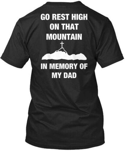 Aller reste élevé Papa-En mémoire de mon sur cette montagne Standard Unisexe T-Shirt