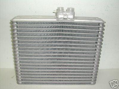NEW AC A//C   Evaporator SUZUKI GRAND VITARA 2002 2001 2000 1999 TRACKER