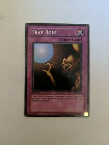 Yugioh Trap Hole LOB-058 Super Rare 1ST EDITION Played, See pics