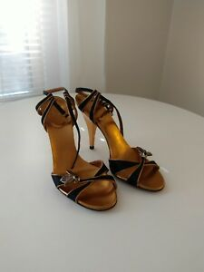 42a35d90039 GUCCI black and gold Begonia Bee Jewel Strappy Sandals Heels Size ...