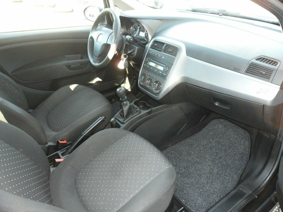 Fiat Grande Punto 1,2 Active Benzin modelår 2010 km 53000