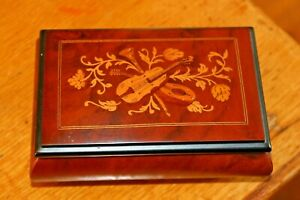 Vintage-wooden-Jewellery-Trinket-box-made-in-Italy-Jewelry-Mandolin-Guitar-Lid