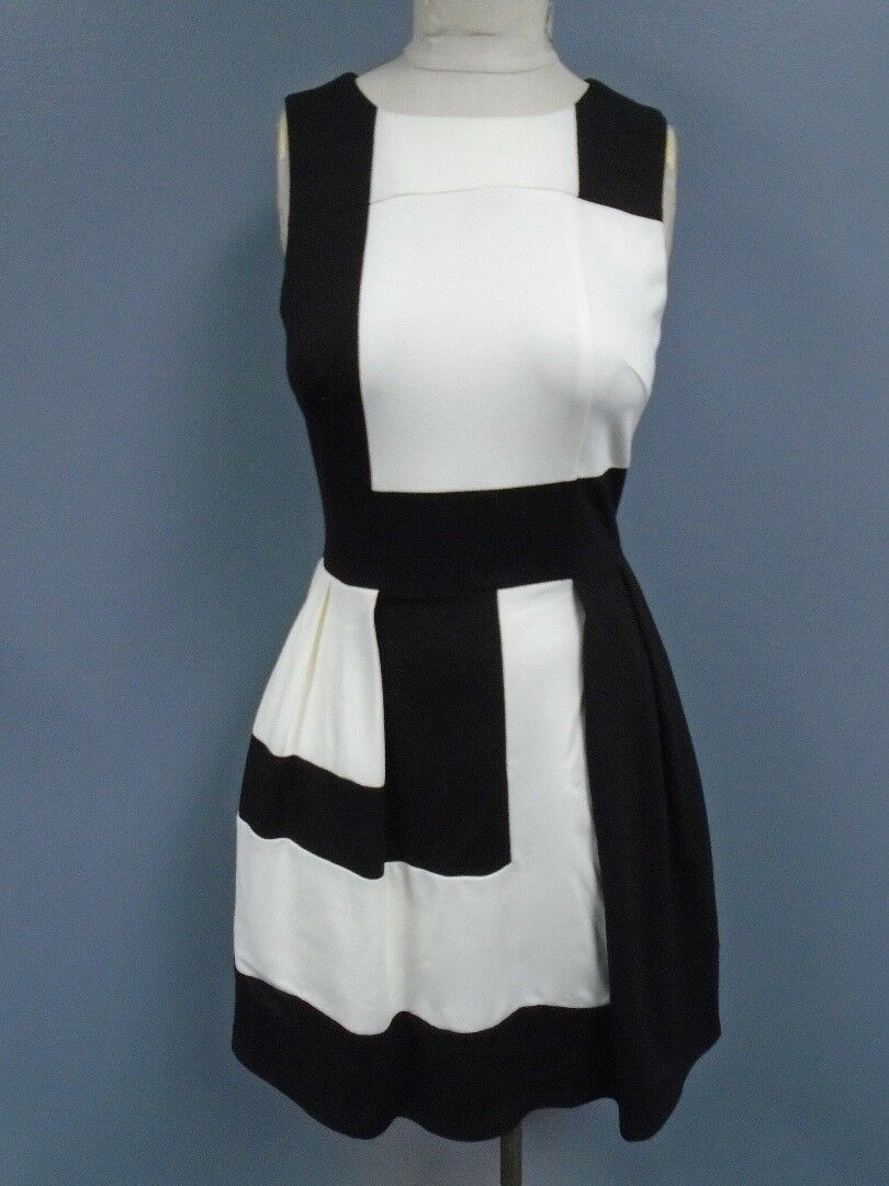 JULIE braun NYC schwarz Weiß Poly Blend Geo Sleeveless Sheath Dress Sz P DD0546