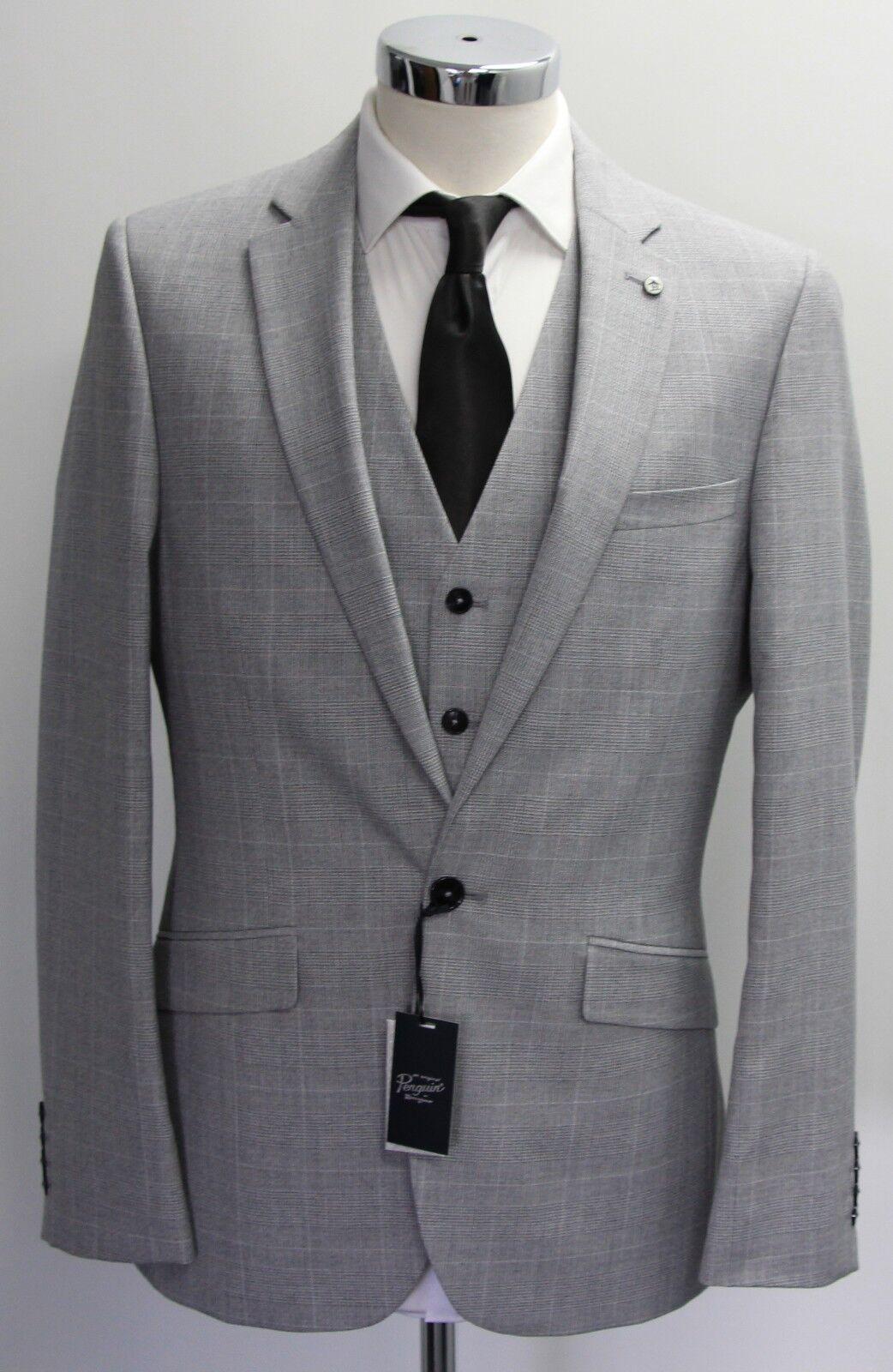 Men's Luxury Penguin 3pc light Grey suit (40R).. sample 2306