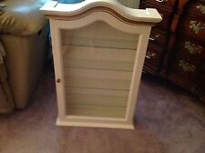 Wall CURIO DISPLAY CABINET w/Glass Doors, Shelves.Ivory with gold Made in Italy