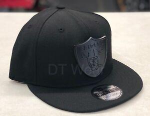 387cb7b27cd New Era Oakland Raiders Black Black METAL BADGE 9FIFTY Snapback Hat ...