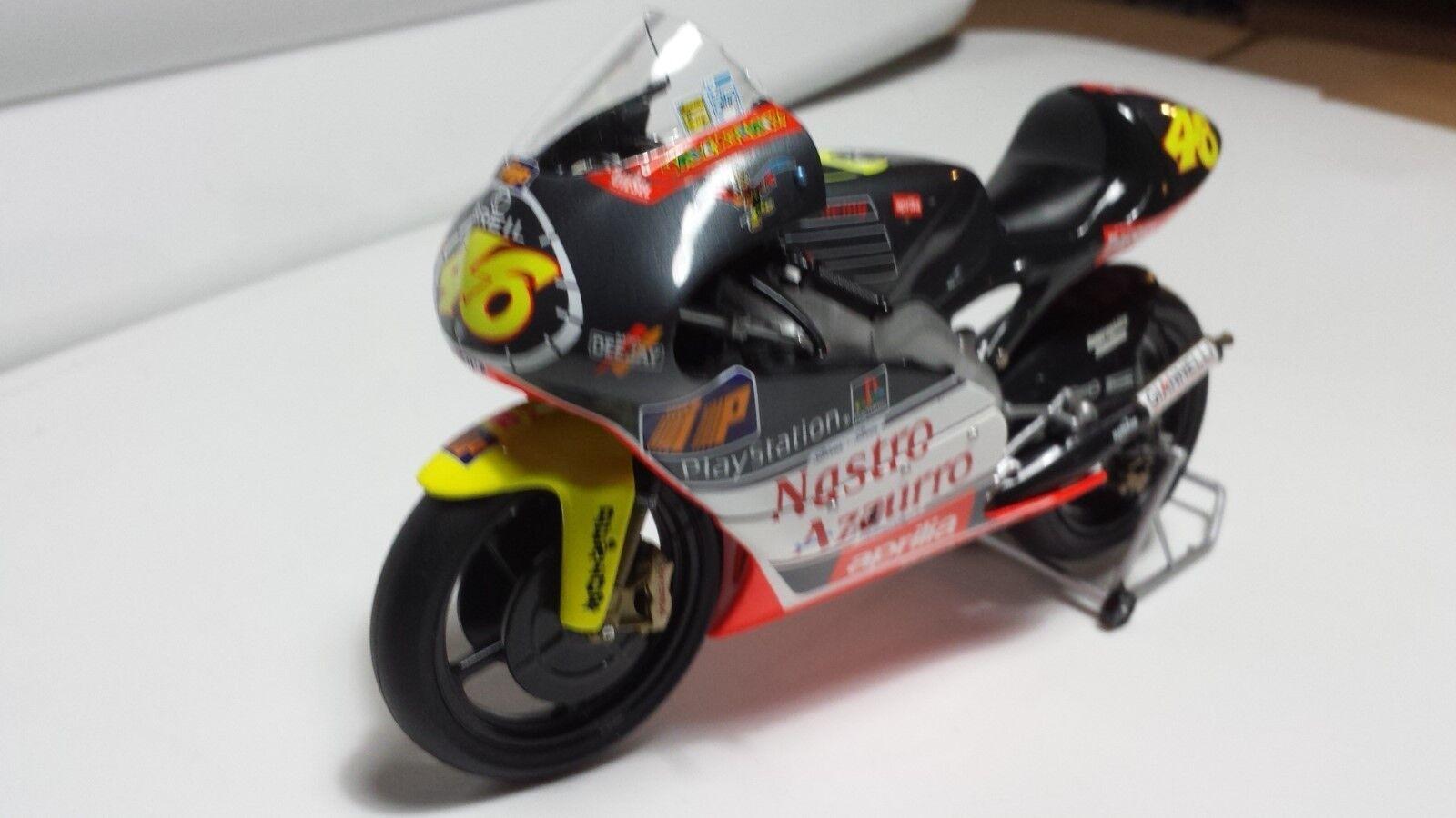 Valentino Rossi. APRILIA 250cc. GP 1999. Minichamps 1 12