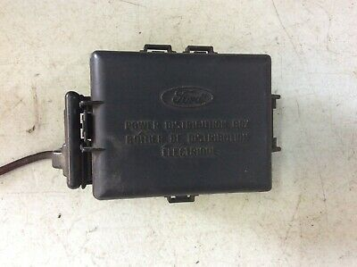 1999 2004 ford mustang engine fuse box with cover ebay. Black Bedroom Furniture Sets. Home Design Ideas