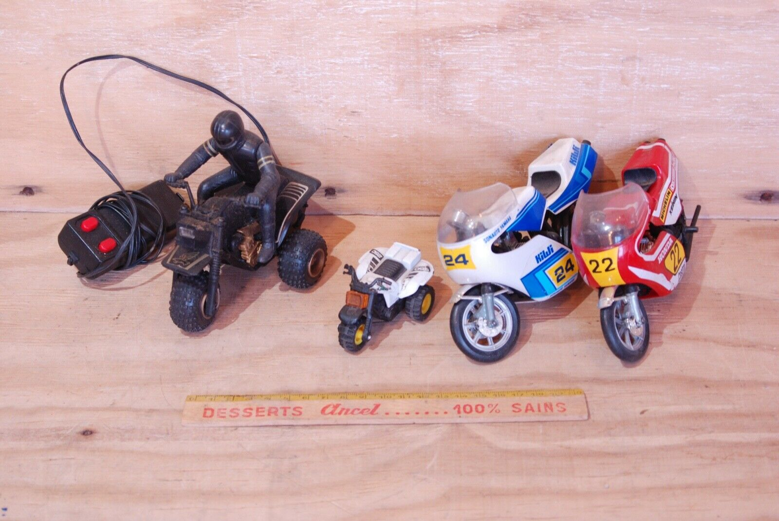 SET OF 4 MOTORCYCLES ANTIQUE MINIATURES   VINTAGE