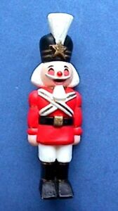 Hallmark-PIN-Christmas-Vintage-NUTCRACKER-SOLDIER-Boy-Holiday-Brooch