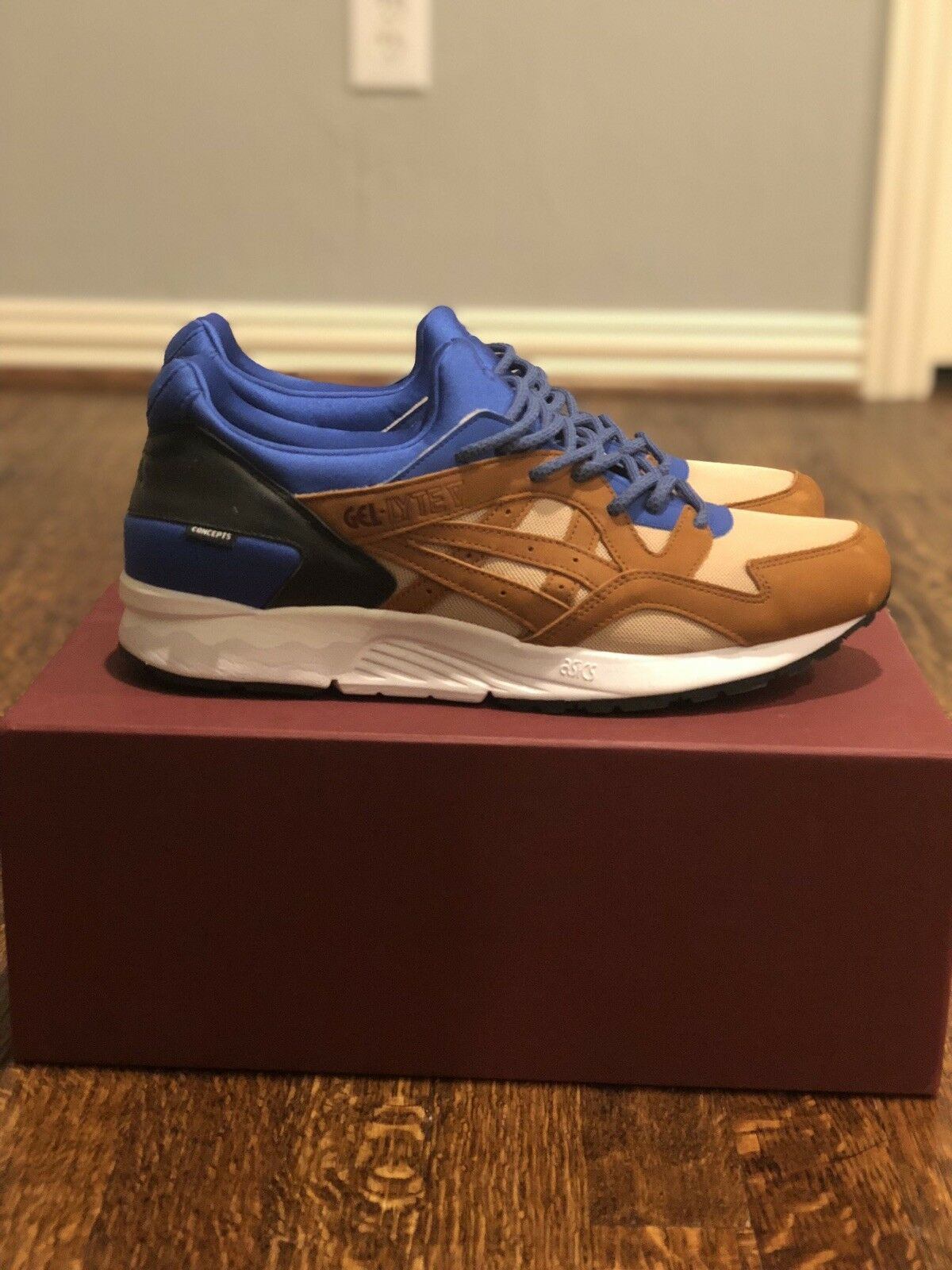 Asics Gel Lyte V Concepts Mix coincide con Royal Talla 13