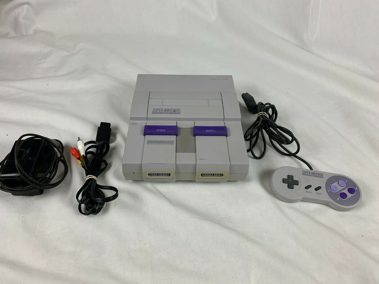 Vintage Super Nintendo SNES Console System Bundle w/ 1 Controller & Cords-Tested