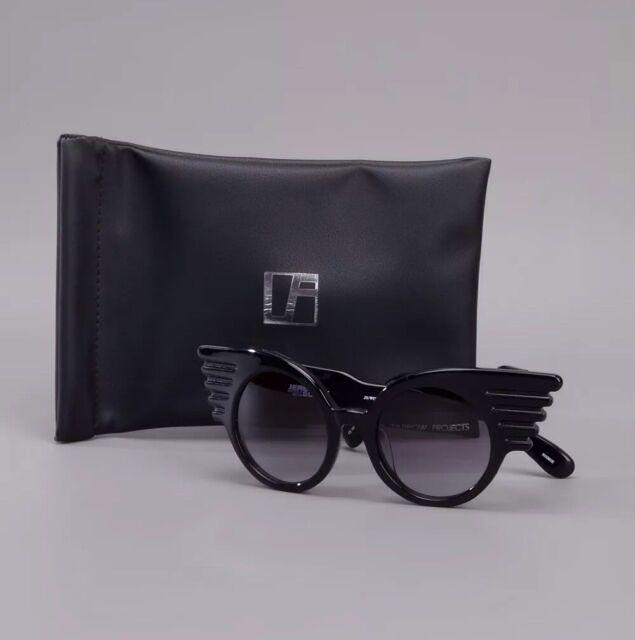 Linda Farrow x Jeremy Scott Windswept Wings Sunglasses Black