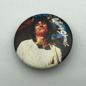 1983 Vintage Rolling Stones Ronnie Wood Button Pin Pinback    K7