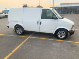 2004 astro van cargo  Needs nothing
