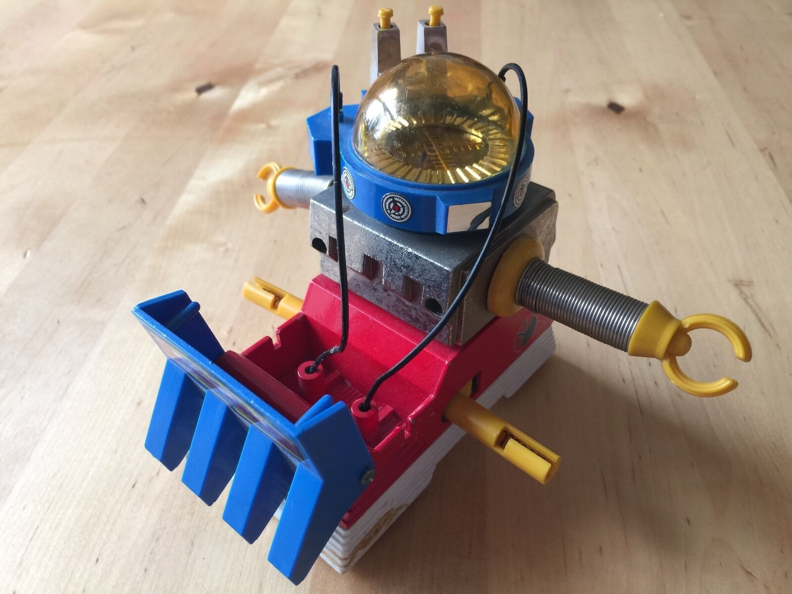 Takatoku y&k loose Z-Gokin Robot Die Cast Daburon aventure famille Japon