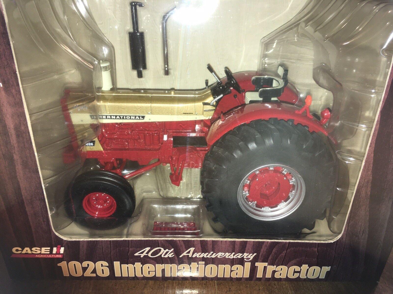 Ertl International 1026 golden Demo 40th Anniversary