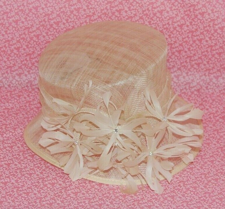 Special Occasion Sinamay Cream Feathers Decoration Neat Brim Hat. BNWT