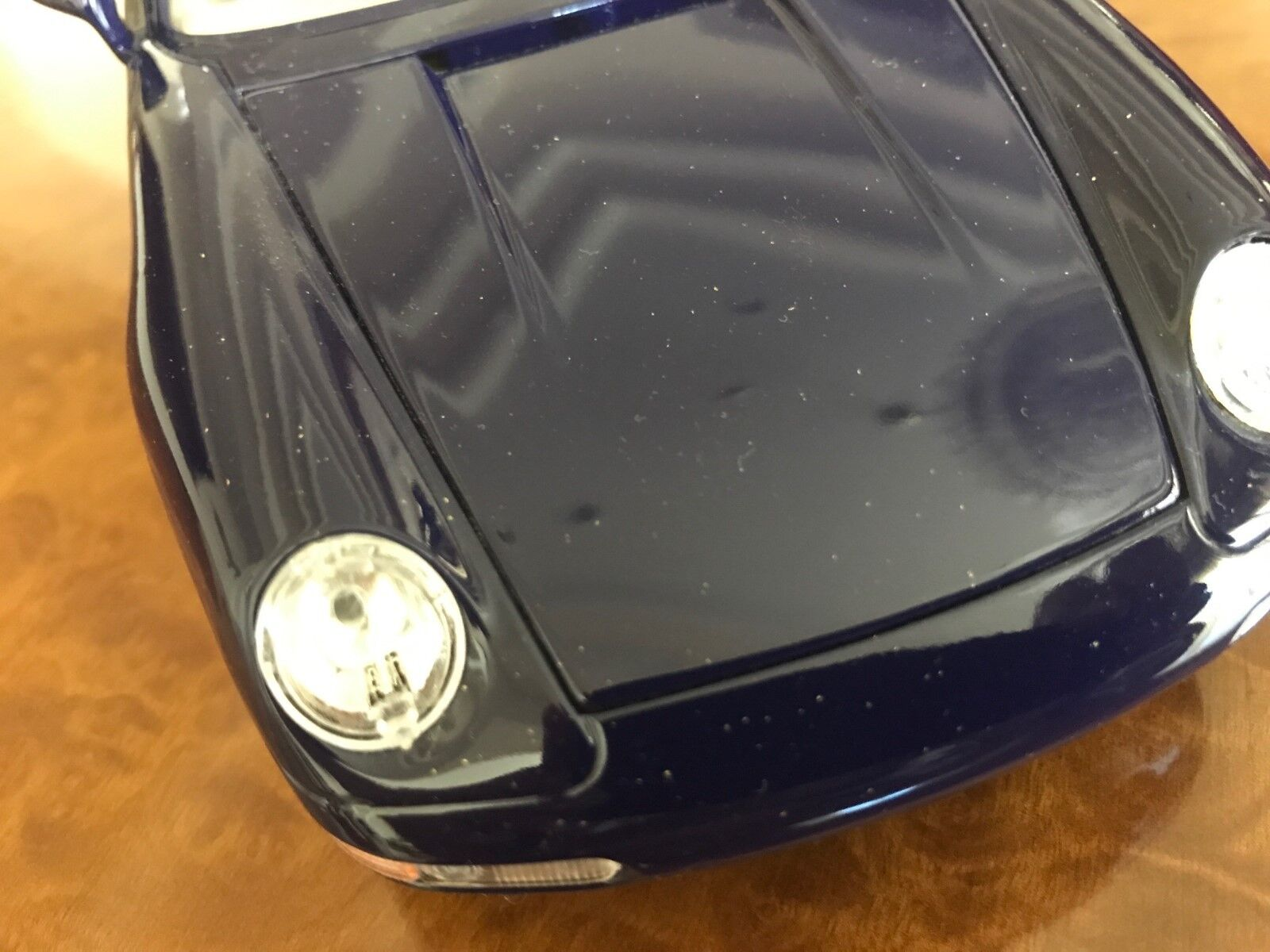 Standox   1 18 Porsche Porsche Porsche 911 Carrera S   Lapis Lbluei w  24 KT gold Flakes 8e1855