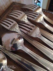 5-Couverts-de-Table-Metal-Argente-Orfevrerie-Dixi