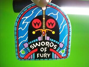 Swords-Of-Fury-Pinball-Machine-Original-1988-Plastic-Promo-Keychain-Game-NOS