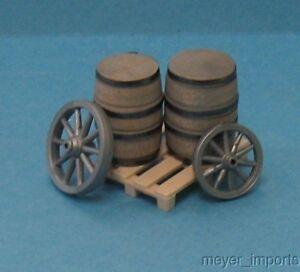 Wagon-Wheels-Barrels-Pallet-G-Scale-Assembled-101-0858