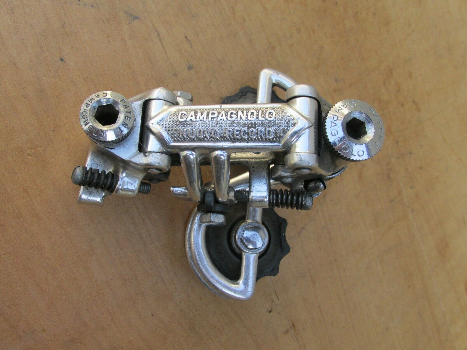 CAMPAGNOLO NUOVO RECORD VINTAGE DERAILLEUR ARRIERE VELO COURSE BICYCLE REAR