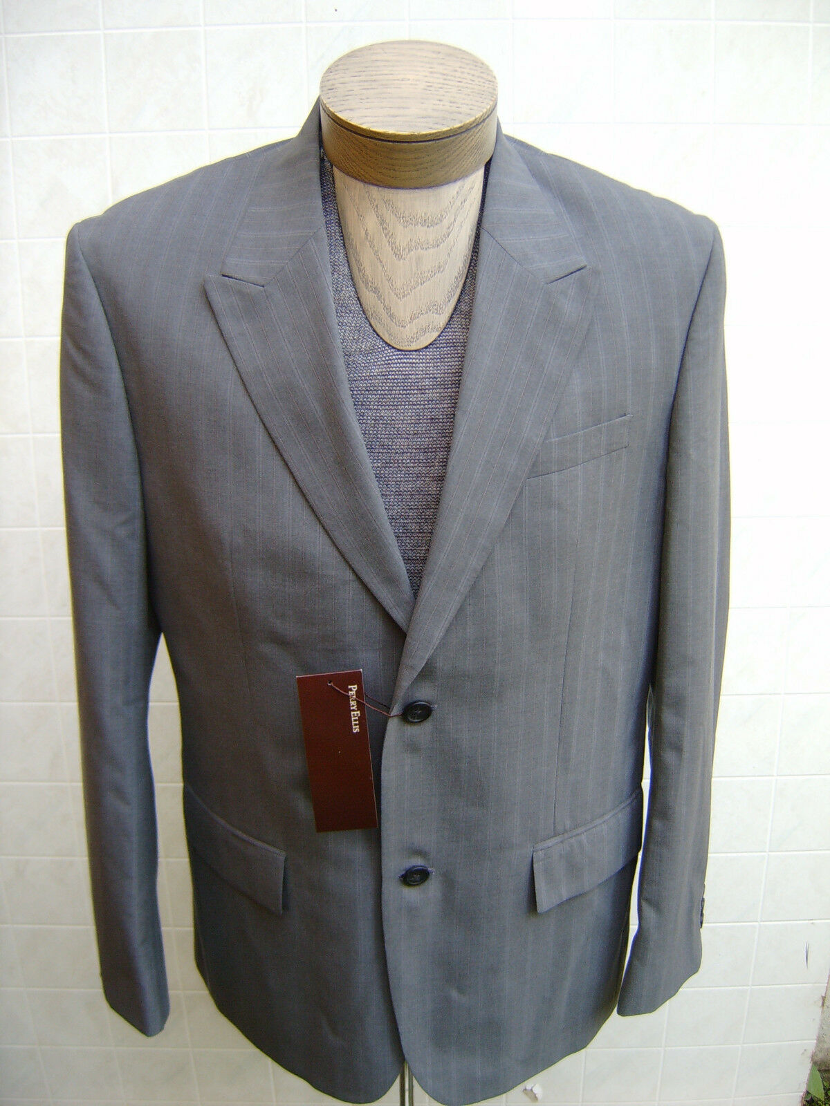 Perry Ellis  Herren Sport Coat Blazer Peak Lapel 2BTN Pinstripe grau Braun 44R 175