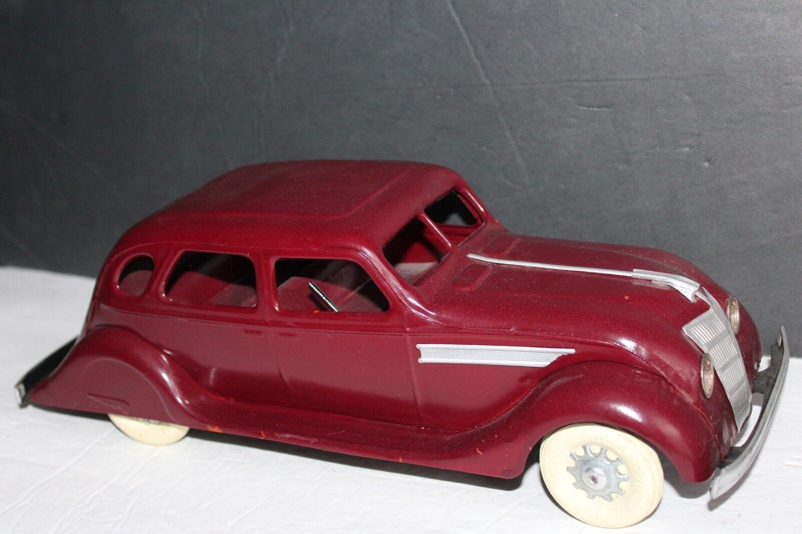 cómodo Muy Bonita Gran Gran Gran Vintage Sedan de Kingsbury Wind Up década de 1930 el flujo de aire  100% a estrenar con calidad original.