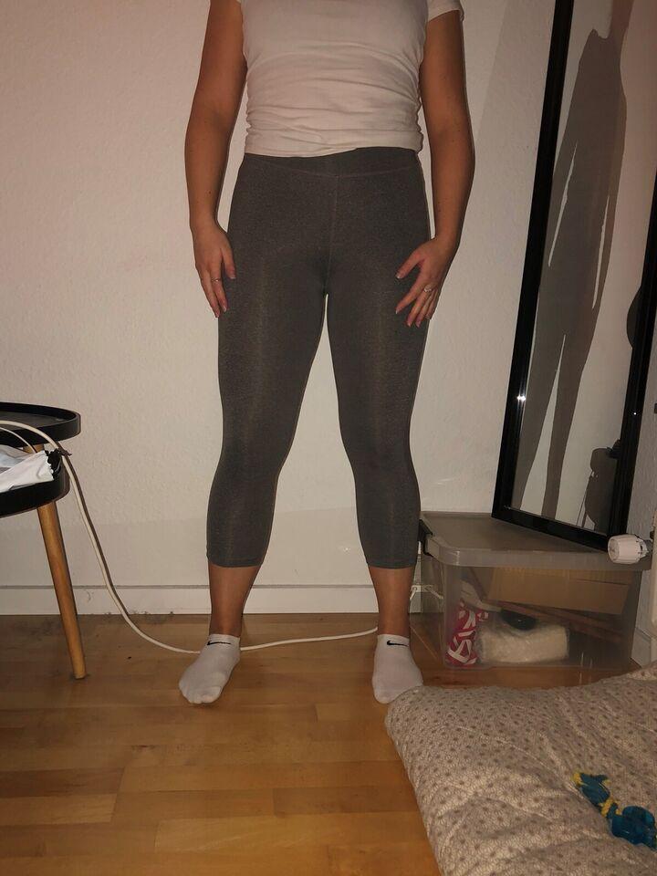 Fitnesstøj, Træningsbukser , str. M