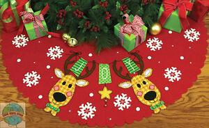 Felt Embroidery Kit ~ Dimensions Reindeer Joy Christmas Tree Skirt #72-08270