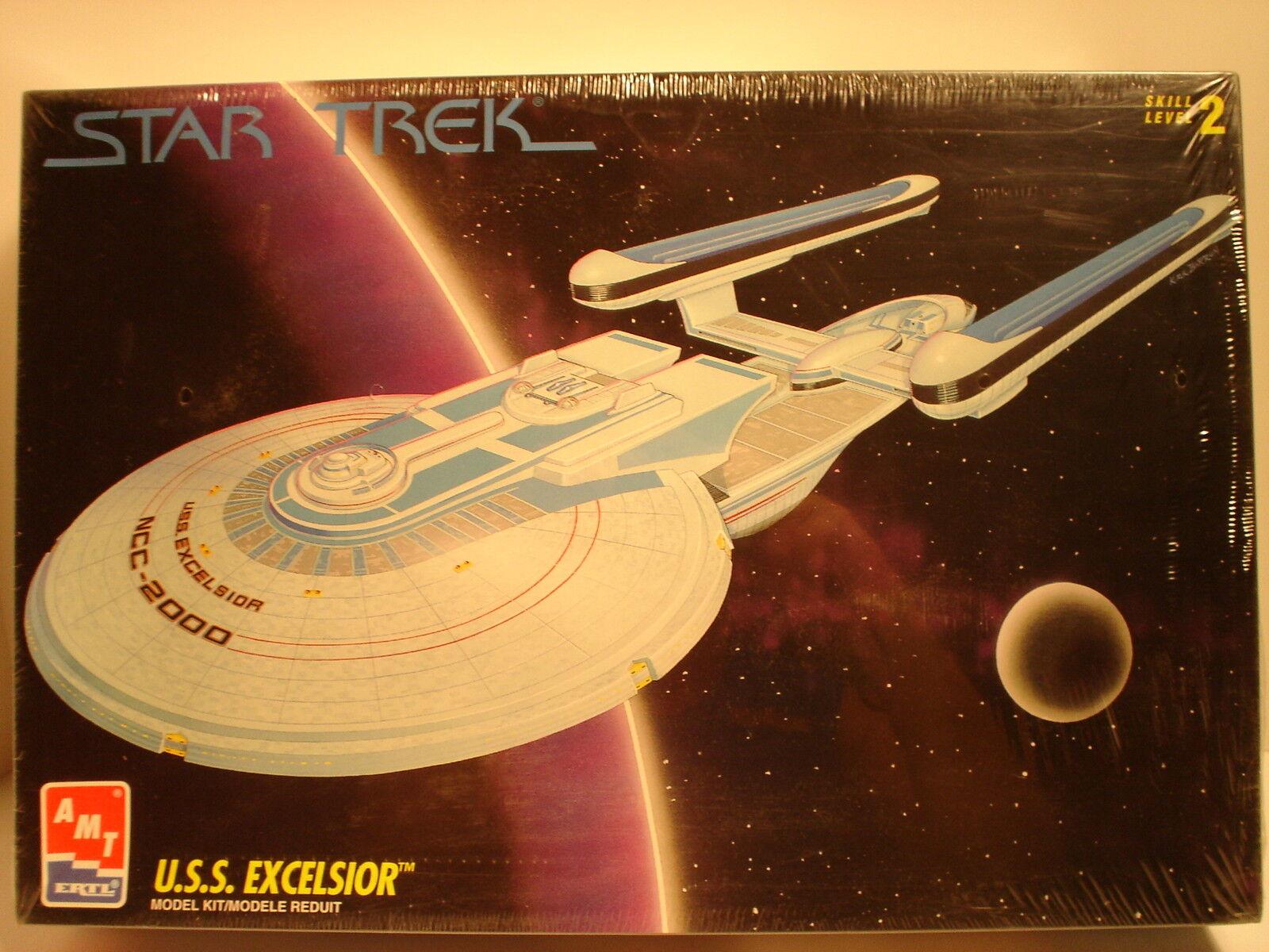 1994 AMT  ERTL Sealed stjärna Trek USS Excelsior.